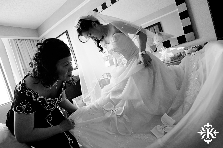 Austin wedding photographer captures bride getting ready image at the Dallas Arboretum