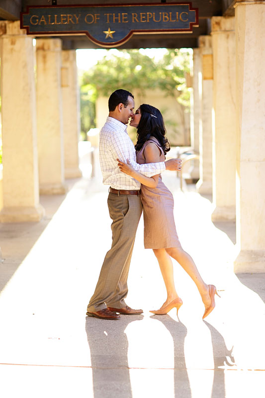 Austin engagement photos by Austin wedding photographer Tony Ku (7)