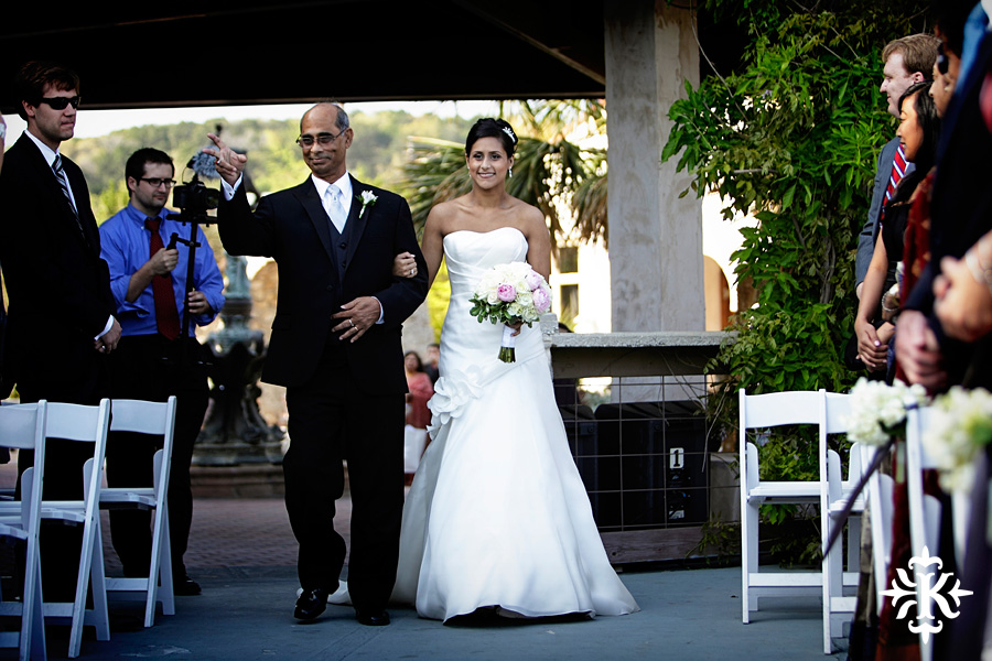 An Villa Antonia wedding photographed by Austin wedding photographer Tony Ku (43)