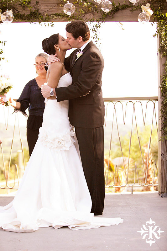 An Villa Antonia wedding photographed by Austin wedding photographer Tony Ku (37)