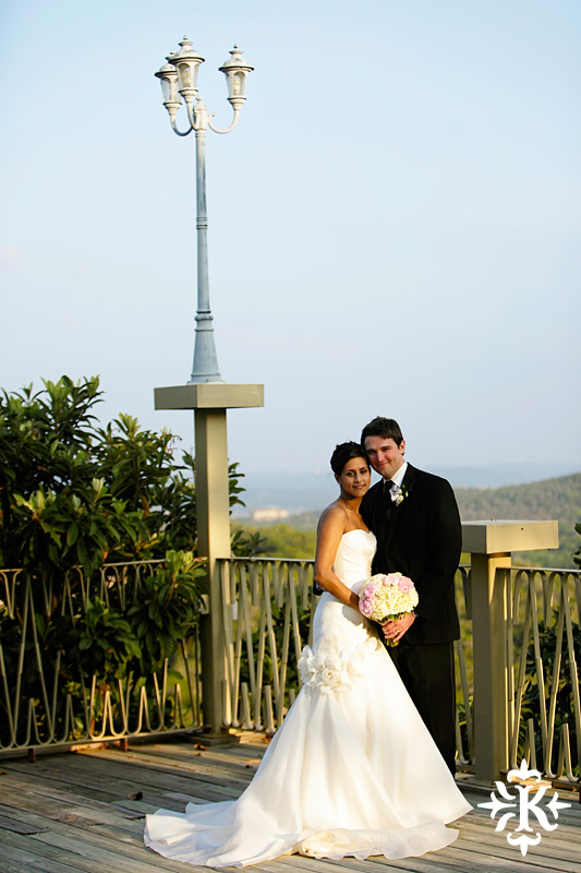 An Villa Antonia wedding photographed by Austin wedding photographer Tony Ku (32)