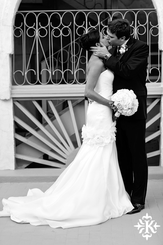 An Villa Antonia wedding photographed by Austin wedding photographer Tony Ku (30)