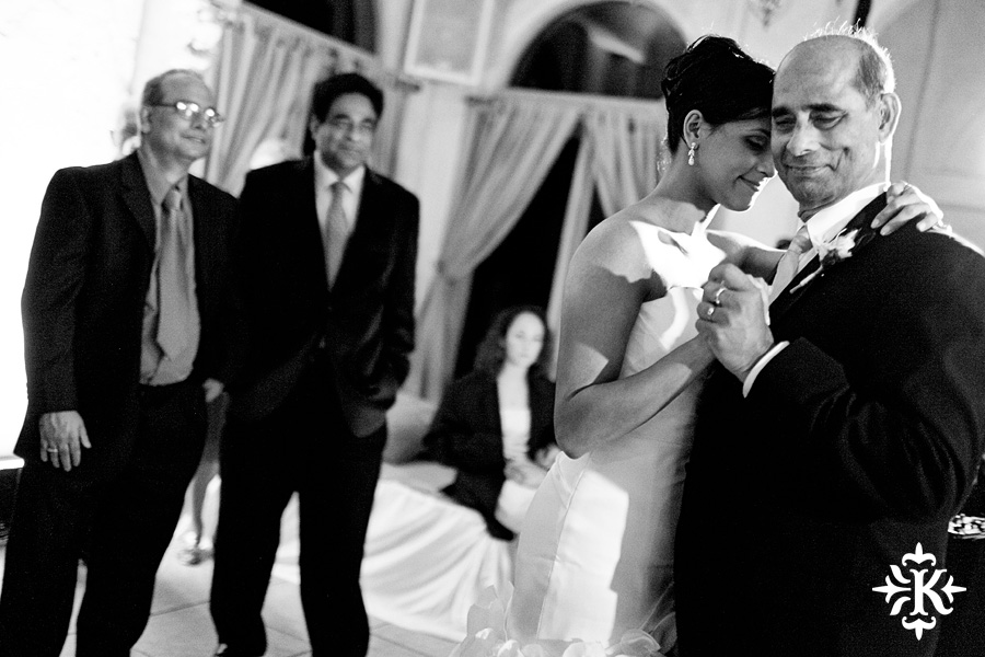 An Villa Antonia wedding photographed by Austin wedding photographer Tony Ku (21)