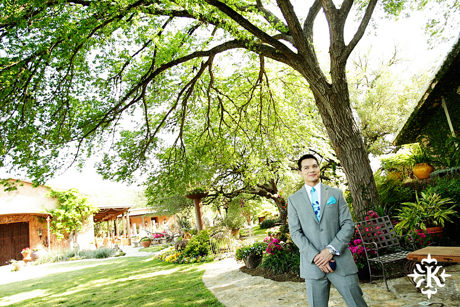 Photographer Tony Ku captures moments at a wedding in Wild Onion Ranch in Austin, Texas. (59)