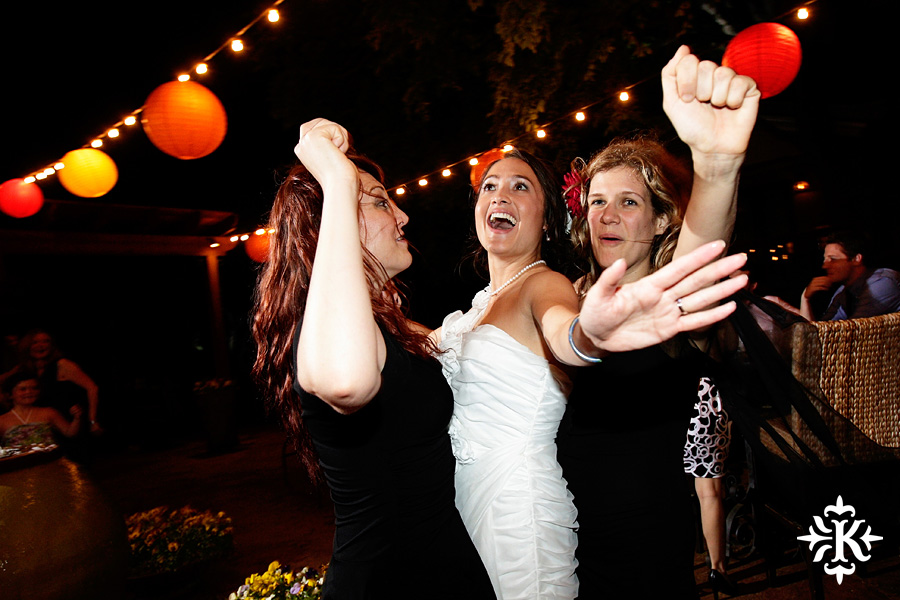 Photographer Tony Ku captures moments at a wedding in Wild Onion Ranch in Austin, Texas. (11)