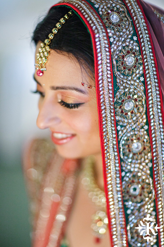 Indian Wedding photography taken by Austin wedding photographer Tony Ku at the Hilton Hotel at the Airport (8)