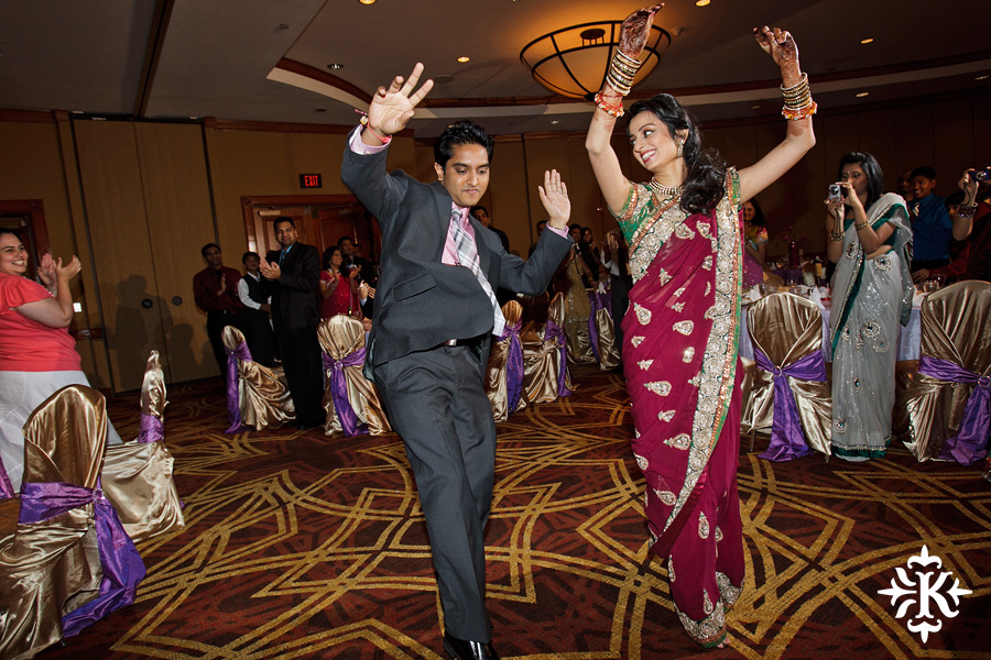 photographed by austin wedding photographer Tony Ku: an Indian wedding at the Austin's airport Hilton Hotel (17)