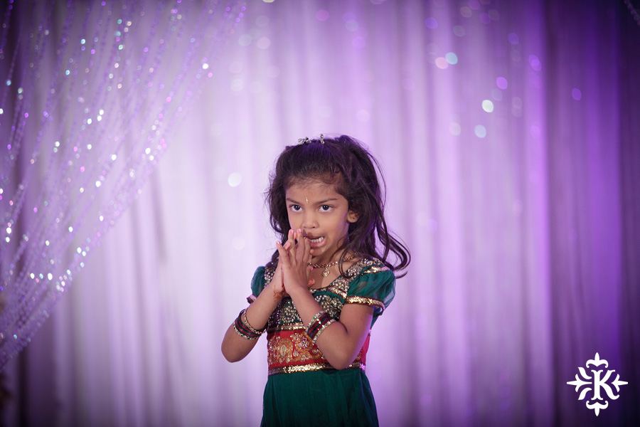 photographed by austin wedding photographer Tony Ku: an Indian wedding at the Austin's airport Hilton Hotel (26)