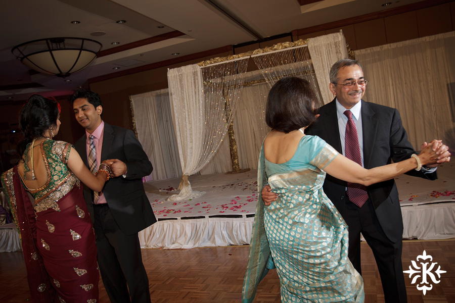 photographed by austin wedding photographer Tony Ku: an Indian wedding at the Austin's airport Hilton Hotel (42)