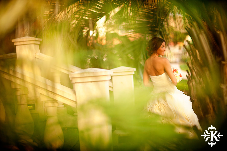 Tony Ku photographs an Austin bridal photography with Vera Wang dress at the Four Seasons (2)
