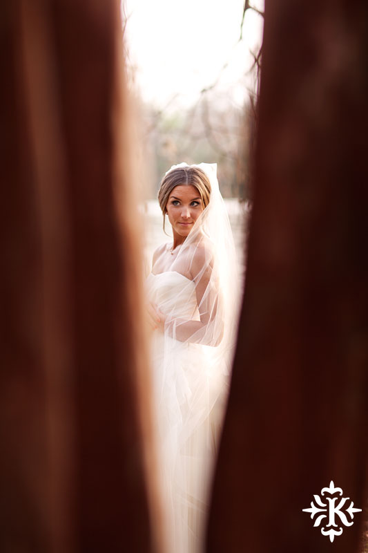 Tony Ku photographs an Austin bridal photography with Vera Wang dress at the Four Seasons (5)
