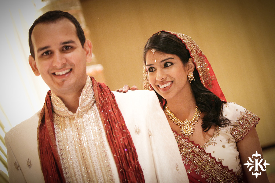 Indian wedding photos of Baraat and Ceremony at the Hilton Hotel photographed by Austin wedding photographer Tony Ku (13)