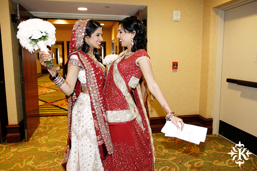 Indian wedding photos of Baraat and Ceremony at the Hilton Hotel photographed by Austin wedding photographer Tony Ku (34)
