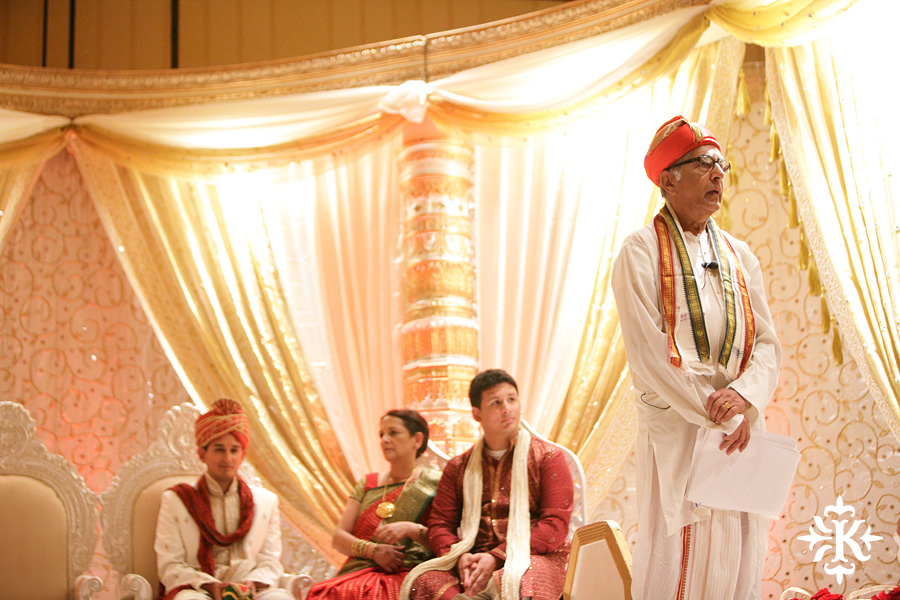 Indian wedding photos of Baraat and Ceremony at the Hilton Hotel photographed by Austin wedding photographer Tony Ku (40)