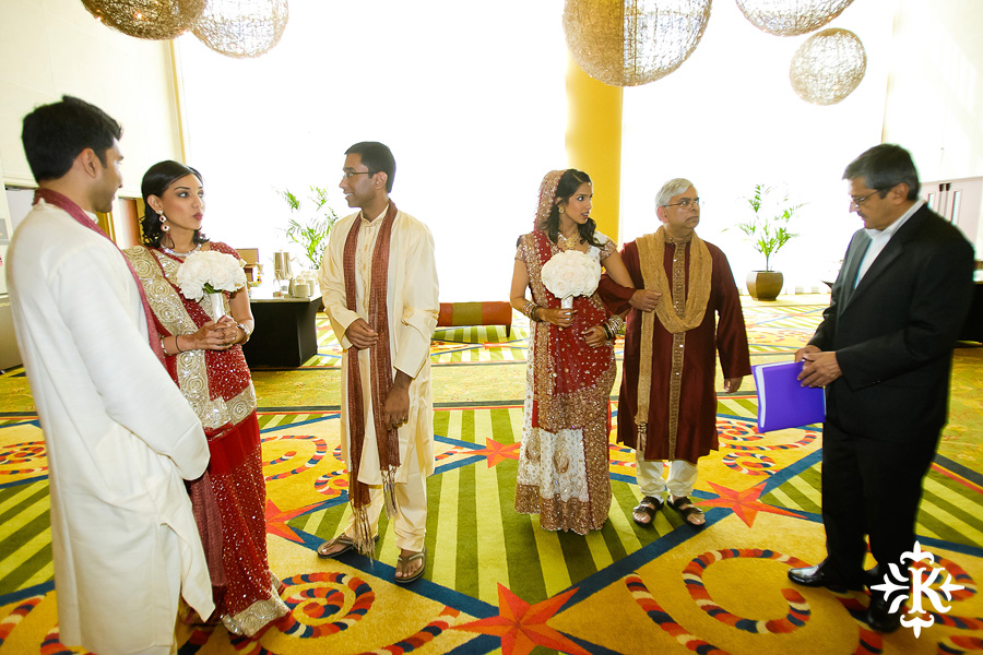 Indian wedding photos of Baraat and Ceremony at the Hilton Hotel photographed by Austin wedding photographer Tony Ku (41)