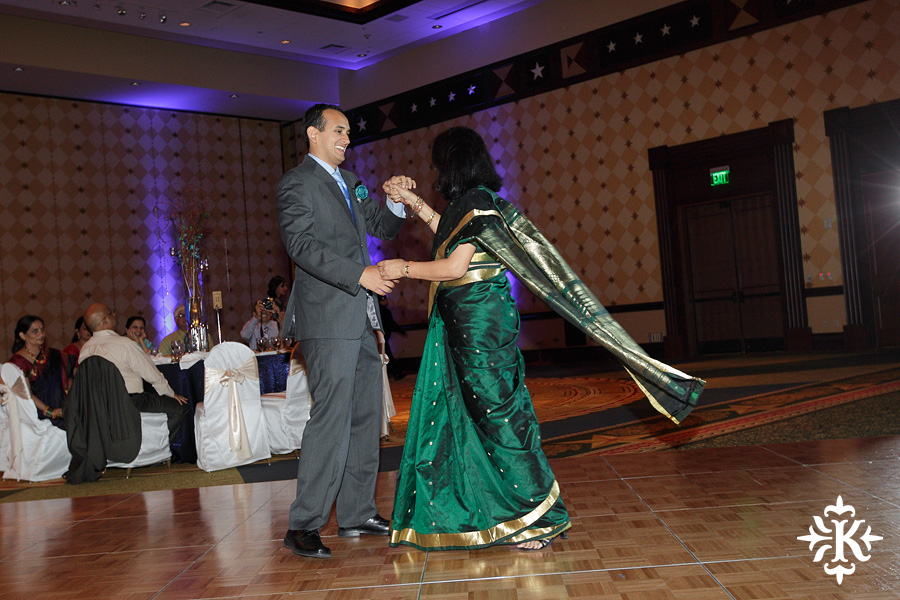 Austin wedding photographer Tony Ku photographs an Indian wedding reception in downtown Hilton Hotel, Austin, Texas. (22)