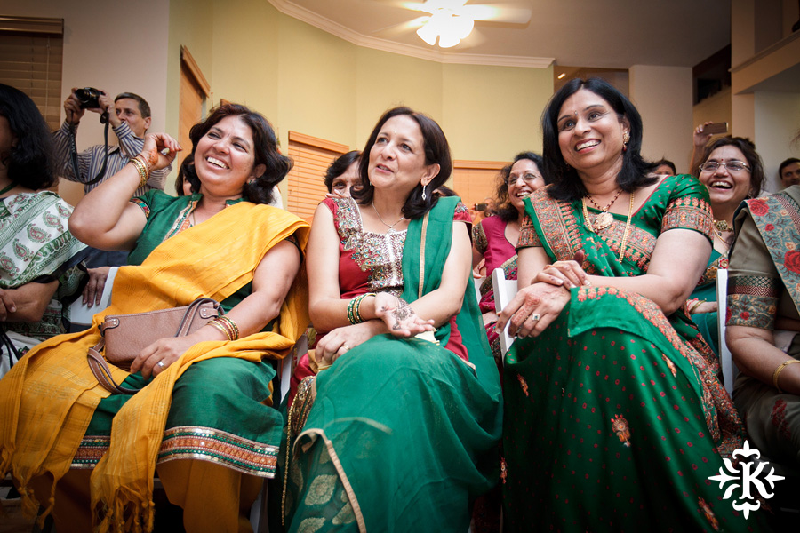 Austin wedding photographer Tony Ku captures moments at a menhdi hindu wedding ceremony (8)
