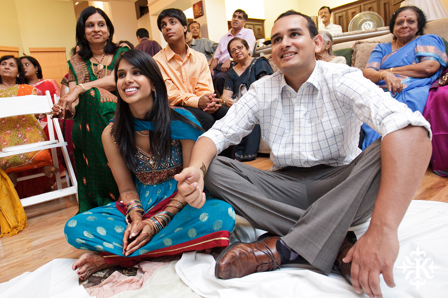 Austin wedding photographer Tony Ku captures moments at a menhdi hindu wedding ceremony (13)