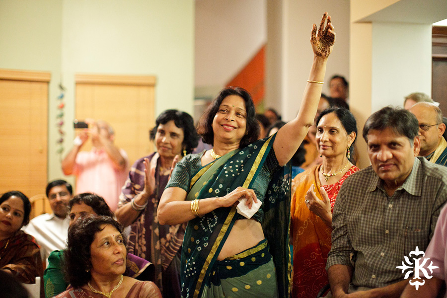 Austin wedding photographer Tony Ku captures moments at a menhdi hindu wedding ceremony (17)