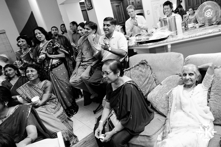 Austin wedding photographer Tony Ku captures moments at a menhdi hindu wedding ceremony (19)