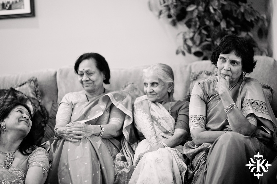 Austin wedding photographer Tony Ku captures moments at a menhdi hindu wedding ceremony (24)