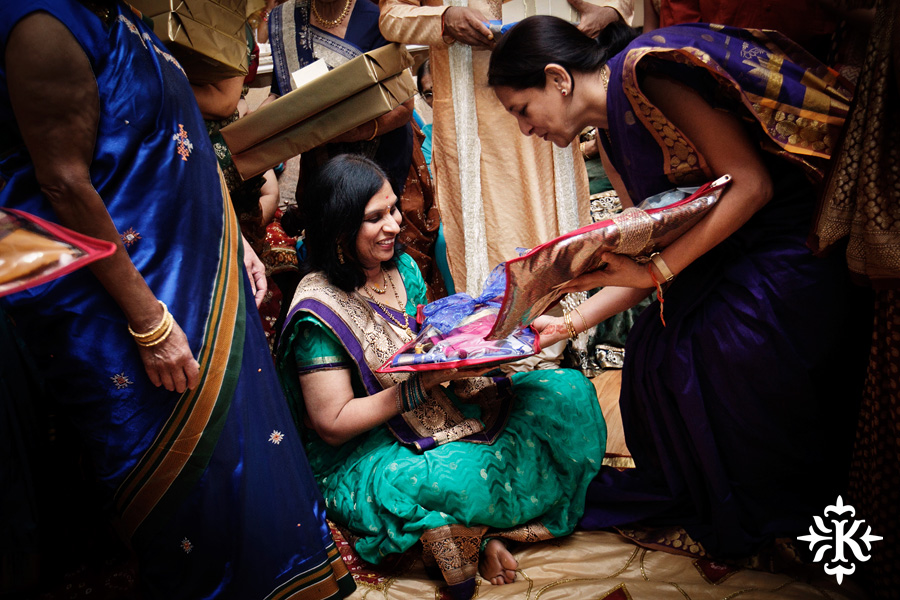 Austin wedding photographer Tony Ku captures moments at a menhdi hindu wedding ceremony (35)