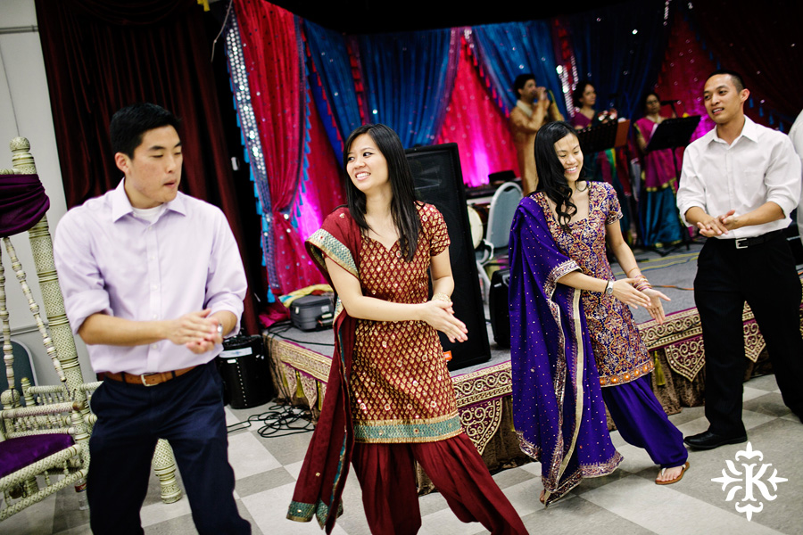 Garba Raas at the Lakeway Activity Center in an Indian wedding photographed by Austin wedding photographer Tony Ku (8)