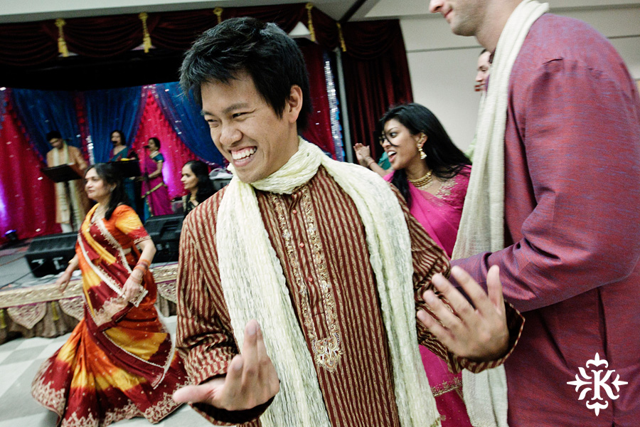 Garba Raas at the Lakeway Activity Center in an Indian wedding photographed by Austin wedding photographer Tony Ku (19)