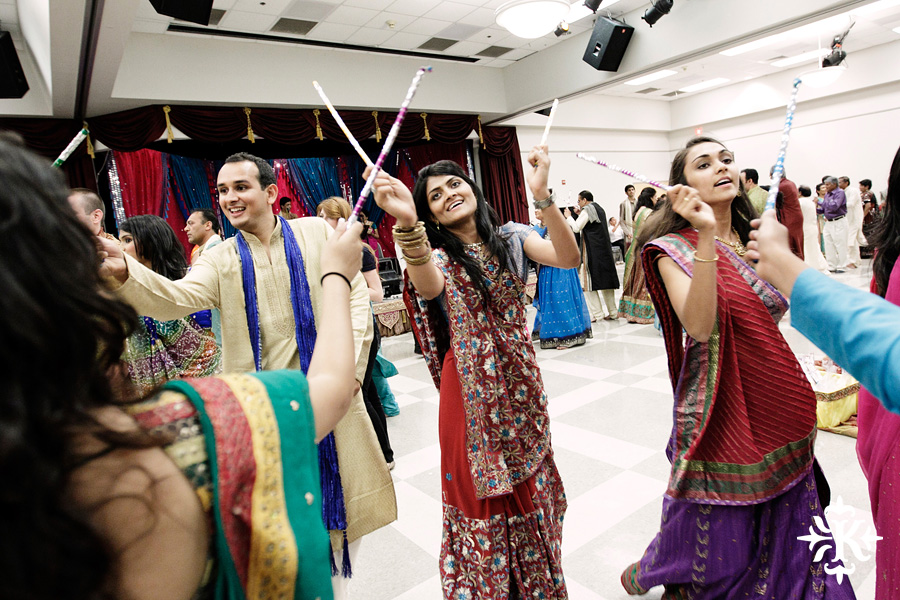 Garba Raas at the Lakeway Activity Center in an Indian wedding photographed by Austin wedding photographer Tony Ku (29)