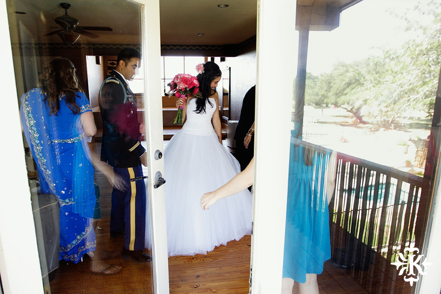 A wedding at Memory Lane event center in Dripping Springs Texas photographed by Austin wedding photographer, Tony Ku (18)