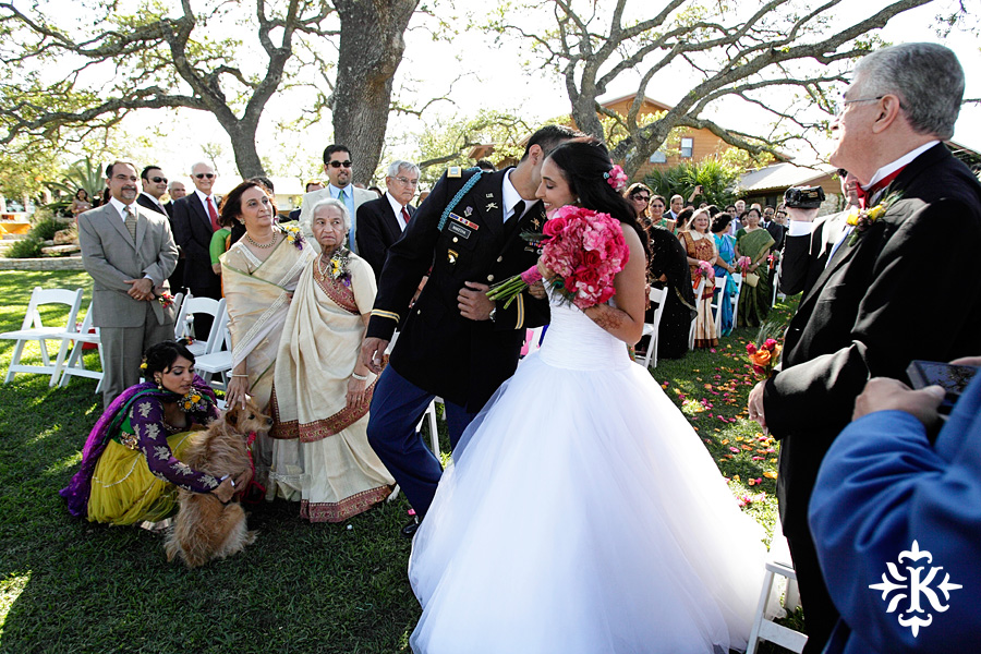 A wedding at Memory Lane event center in Dripping Springs Texas photographed by Austin wedding photographer, Tony Ku (22)