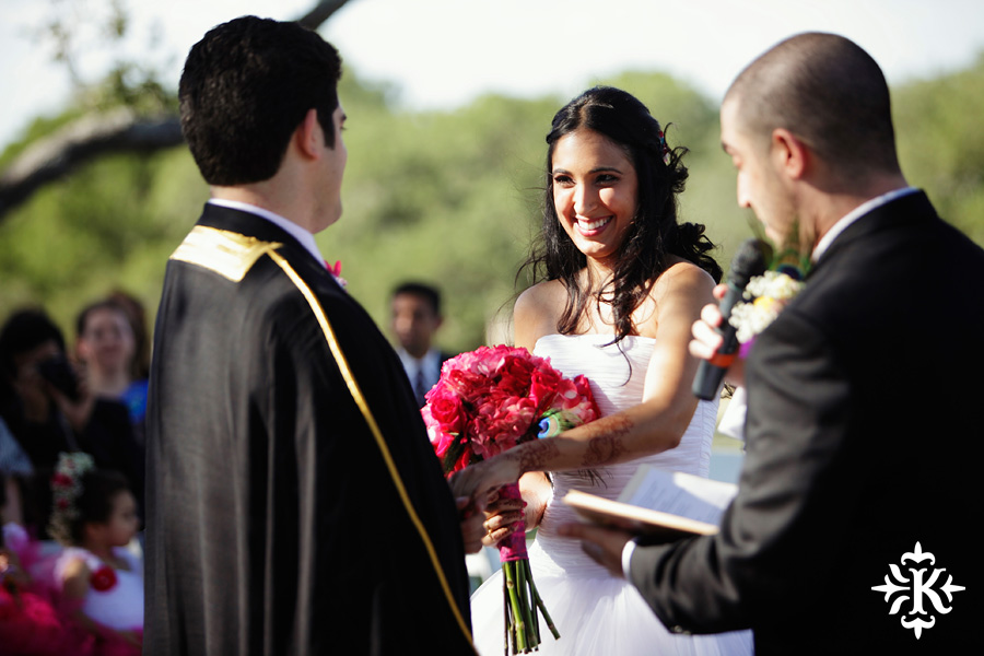 A wedding at Memory Lane event center in Dripping Springs Texas photographed by Austin wedding photographer, Tony Ku (25)