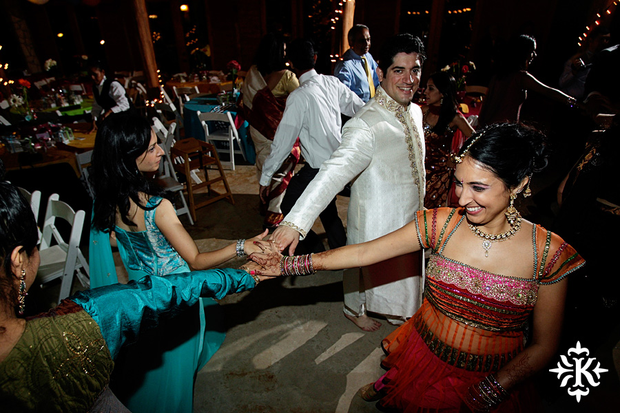 A wedding at Memory Lane event center in Dripping Springs Texas photographed by Austin wedding photographer, Tony Ku (72)