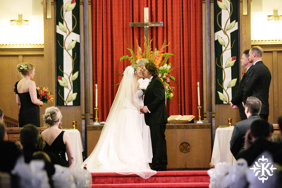 Tiffany and Justin's wedding photos at the Cactus hotel in San Angelo, Texas (35)