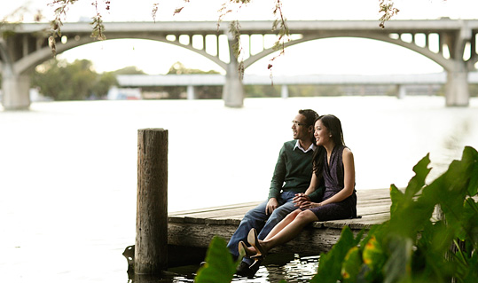 Featured photo of an Austin engagement session for the blog.