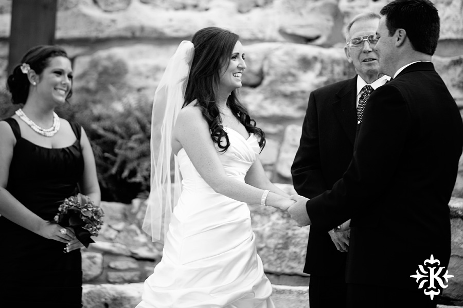 Tenroc ranch wedding in Salado Texas photographed by Auatin wedding photographer Tony Ku (25)