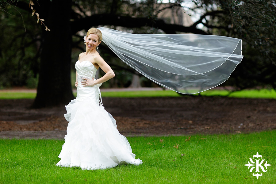Houstonian bridal photos taken by Austin wedding photographer Tony Ku in Houston, Texas (6)
