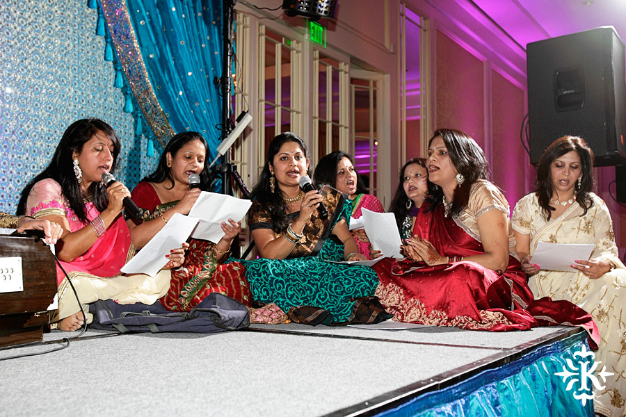 Indian Sangeet/Wedding at the Omni Mandalay Hotel photographed by Austin wedding photographer Tony Ku (10)