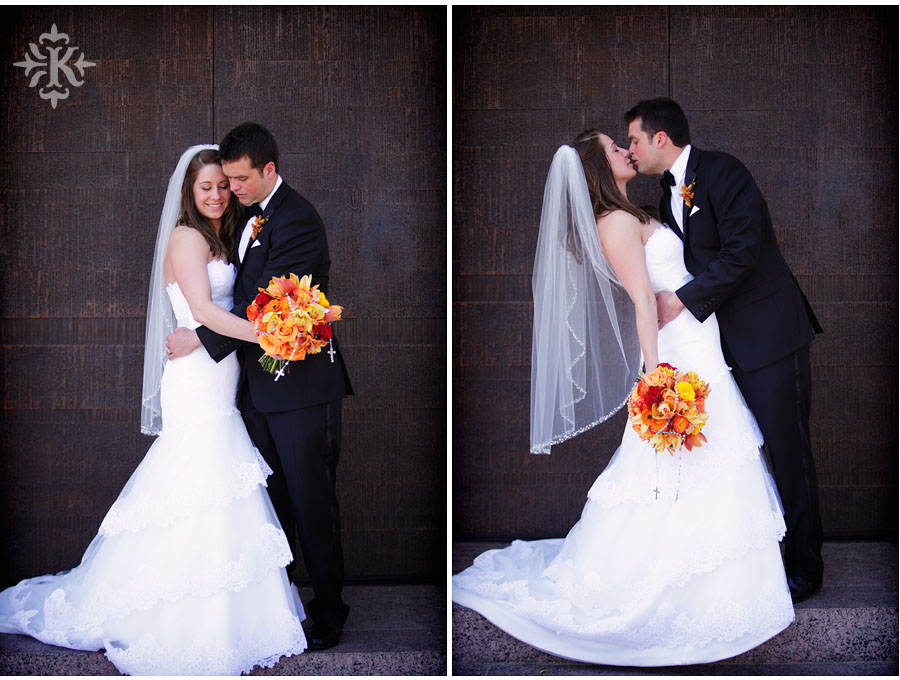 wedding photos at the UT Alumni center photographed by Austin wedding photographer Tony Ku (16)