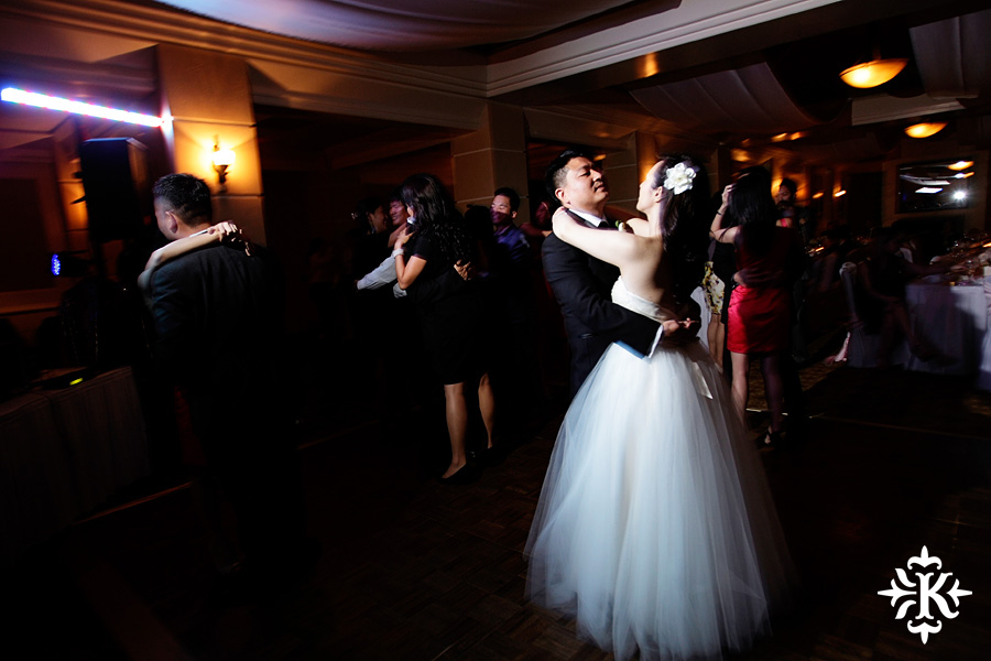 Austin wedding photographer, Barton Creek country club wedding reception photo (28)