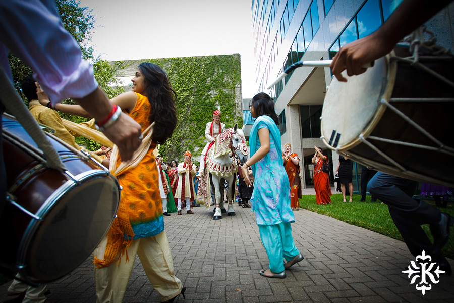 Austin Renaissance Indian Wedding Photos (13)