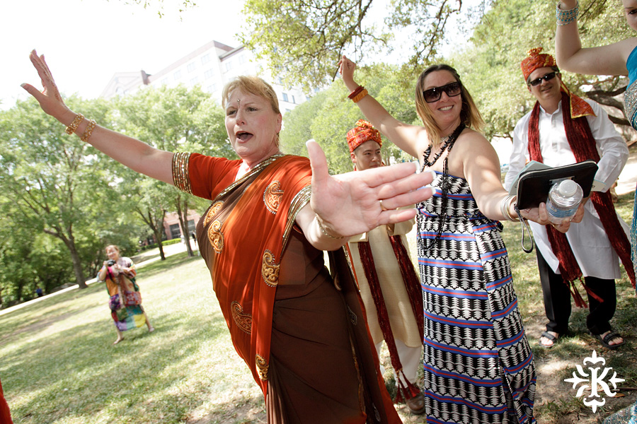 Austin Renaissance Indian Wedding Photos (17)