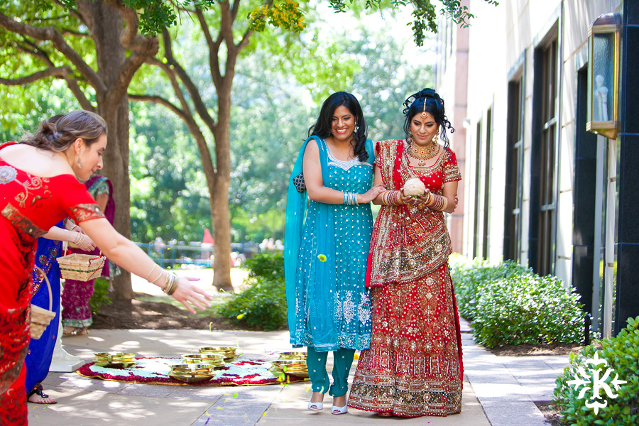 Austin Renaissance Indian Wedding Photos (22)