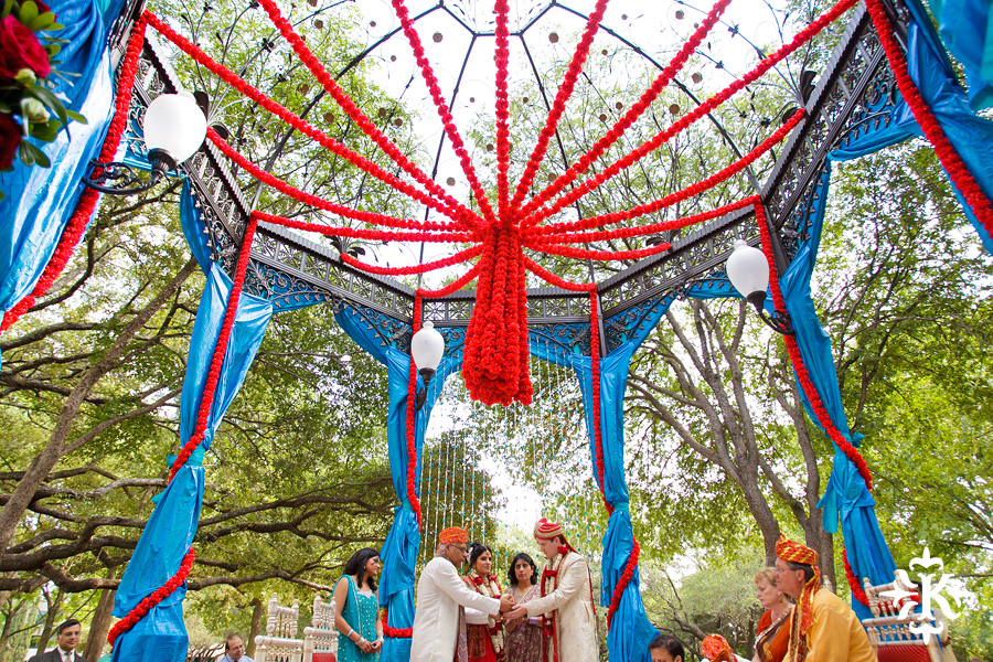 Austin Renaissance Indian Wedding Photos (28)
