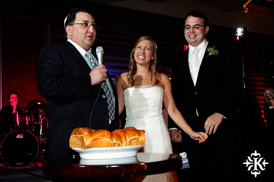 Jewish wedding photographed by Austin wedding photographer at the Lakeway Resort (30)